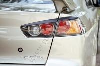 Накладки на задние фонари (реснички) Mitsubishi Lancer X 2007-2010