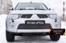 Защитная сетка и заглушка переднего бампера Mitsubishi Pajero Sport 2008-2013